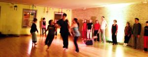 contact improvisatiion dance performance
